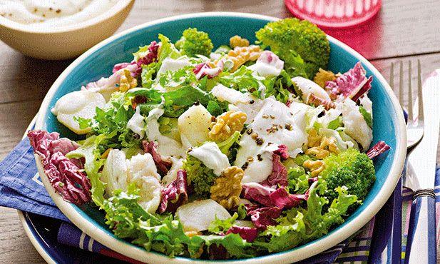 Se tem pouco tempo para cozinhar e quer uma refeição saudável, experimente esta salada de peixe.
