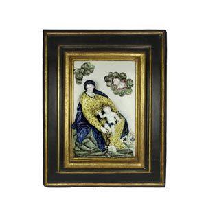 Madonna del rosario col Figlio. Cm. 35 x 52; cornice 64 x 80; . Cond.: ottime. SESTO FIORENTINO, primo periodo, Carlo Ginori (1737 – 1757), maiolica da modello di Girolamo Ticciati; sec. XVIII, metà.