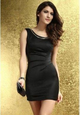 Elegancka czarna sukienka Bodycon  Wytworność i elegancja w małej czarnej.