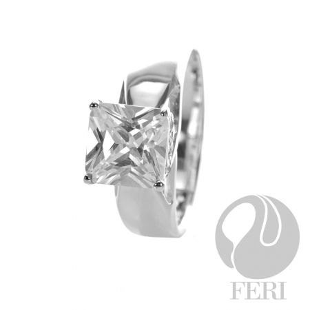 Princess Cut Solitaire Ring Global Wealth Trade Corporation - FERI Designer Lines  http://www.gwtcorp.com/vdm/display_item.php?referral=cg&category=12&item=3570&cntylng=&page=2