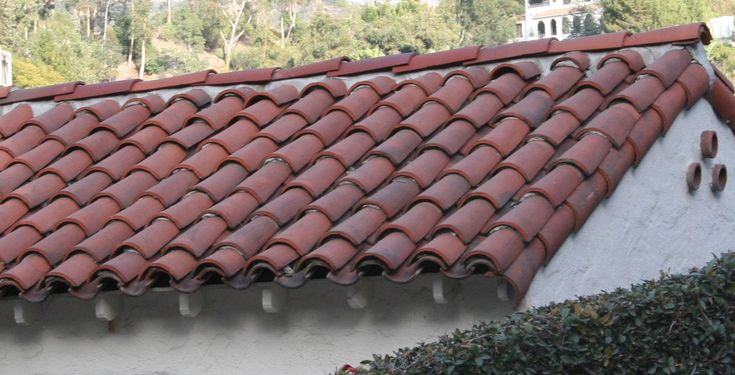 Mission Style Barrel Tile And Rafter Tails Spanish Style