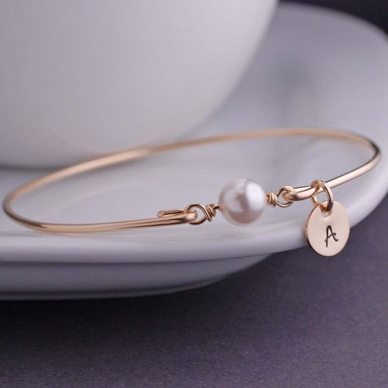Personalized White Pearl Jewelry, June Birthday Gift Idea, June Birthstone, Gold Bangle Bracelet, Swarovski Pearl Bracelet