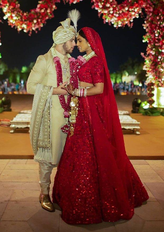 Nick Jonas E Priyanka Chopra Priyanka Chopra Wedding Indian Wedding Dress Bridal Lehenga