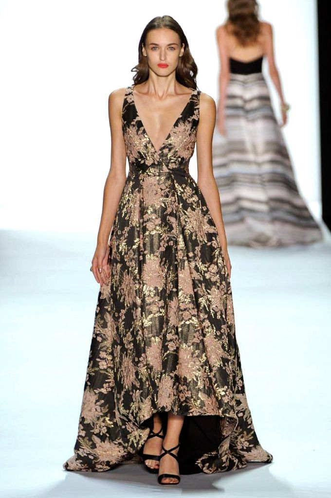 Badgley Mischka spring/summer 2016 show collection pictures | Harper's Bazaar