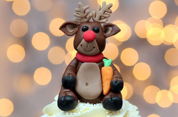 how to make a cute Rudolph cupcake topper tutorial