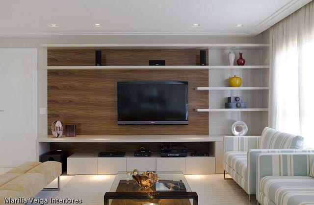Exemplo: painel TV e estante
