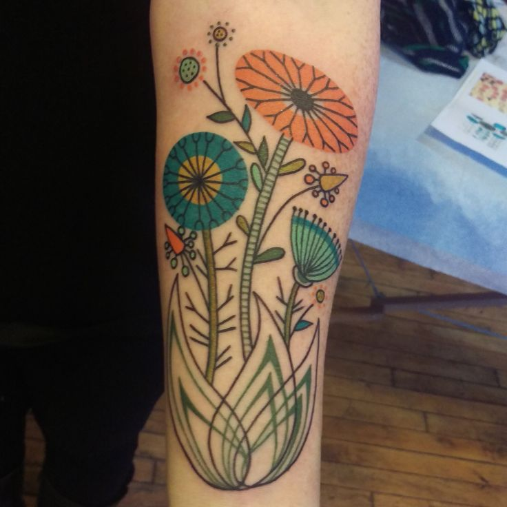 The resulting tattoo! (By Jennifer Trok) mid-century modern inspired floral