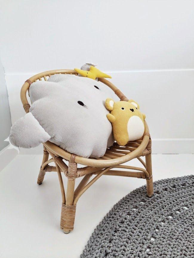 SUUS | Sneak Peak Nursery | ensuus.blogspot.nl | Kidsroom Nursery Boysroom Baby | Noodoll Cloud Cushion - Mouse - Grey - Yellow - Crochet rug |