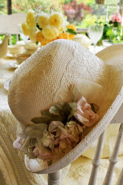 Aiken House & Gardens: A Summer Lunch on the Porch