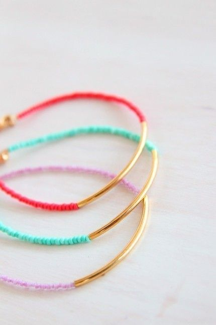 bracelets: Beads Bracelets, Bright Color, Seeds Beads, Seed Beads, Jewelry, Gold Dips, Diy'S Gifts, Friendship Bracelets, Diy'S Bracelets