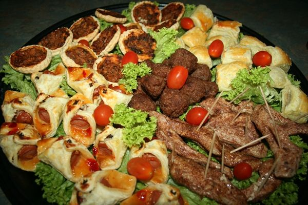 Meat and pastry platter