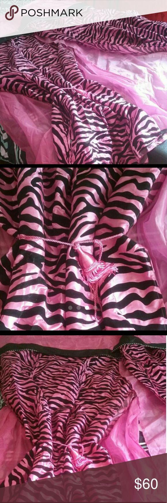 Hot pink zebra curtains - Pink Zebra Curtains