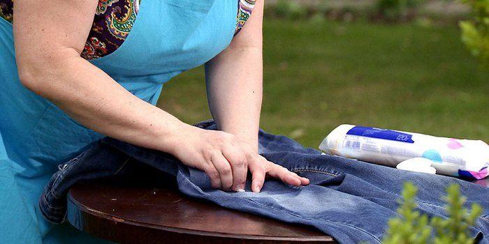Как удалить разные пятна с джинсов? » Женский Мир