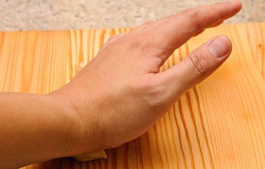 L'aglio è una vera e propria medicina, presente in tantissime ricette di guarigione dell'antichità. Ecco come attivarlo e anche come far profumare l'alito