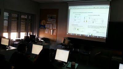 BLOG DEL DEPARTAMENTO DE CIENCIAS Y TECNOLOGÍA : Circuitos eléctricos en el aula de informática