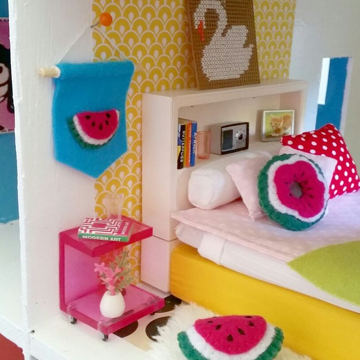 Watermelon banner and cushions for the dolls house by cupcake cutie.
