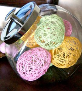 Yarn Easter Eggs Craft:  Kid-friendly yarn Easter eggs are sure to brighten your spring decor.  countrywomanmagazine.com
