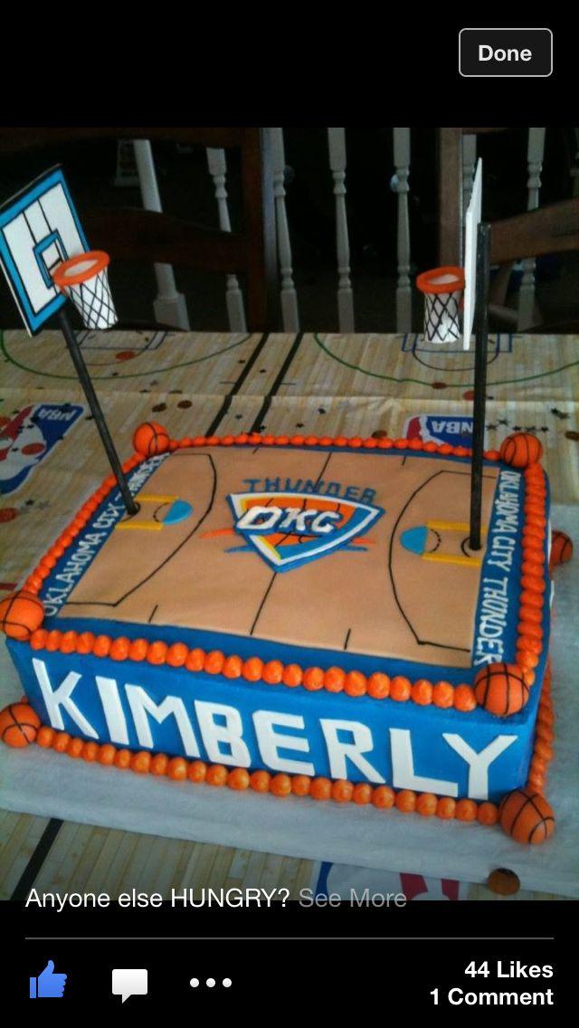 Basketball cake @Stefanie Van Nort we gotta get this for dad