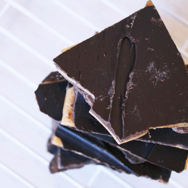 Sweet tooth satisfaction with Melissa's Butterscotch & Dark Chocolate Brittle. http://bit.ly/1KxmIUg #Sweets
