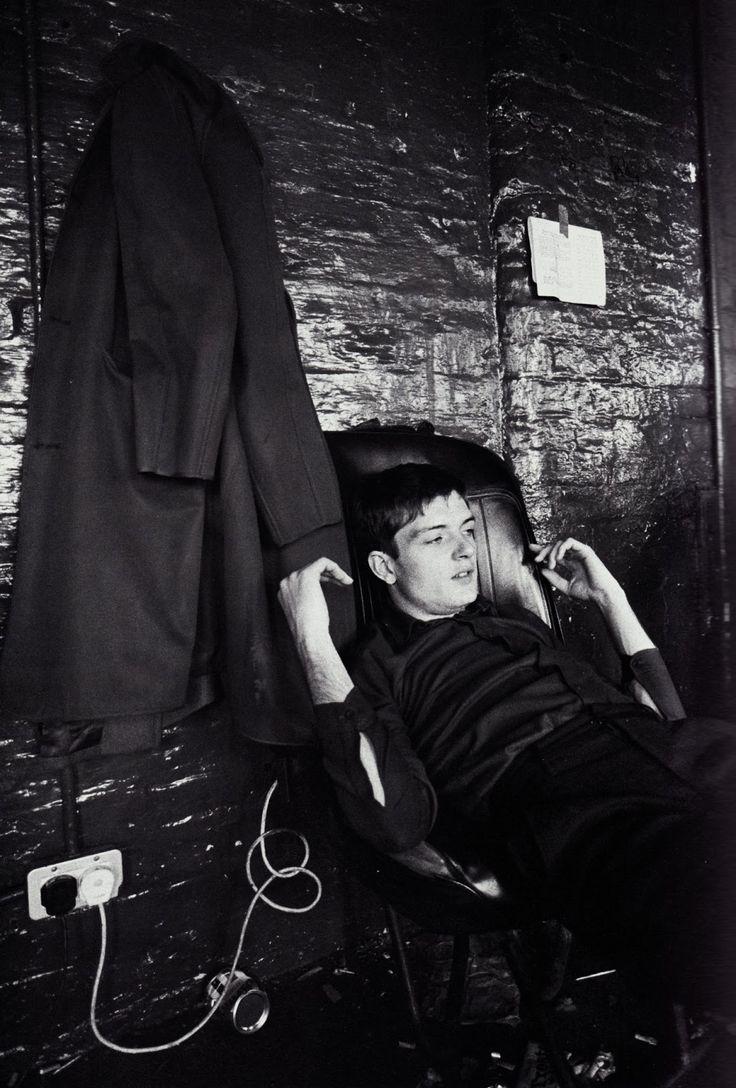 Ian Curtis, Manchester, 1979.