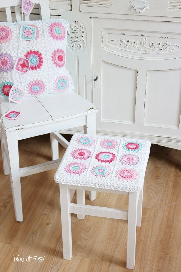 1000 images about crochet stool su pinterest lana sgabello del pianoforte e poggiapiedi. Black Bedroom Furniture Sets. Home Design Ideas