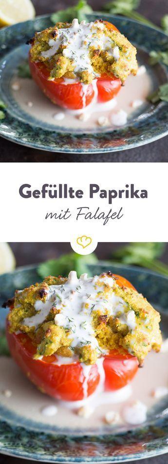 … weil ein Bällchen zu wenig ist! Gefüllte Paprika mit Falafel
