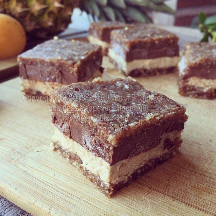 Ореховые пирожные с шоколадно-овсяным кремом (без муки, сахара, без выпечки, веганские)
