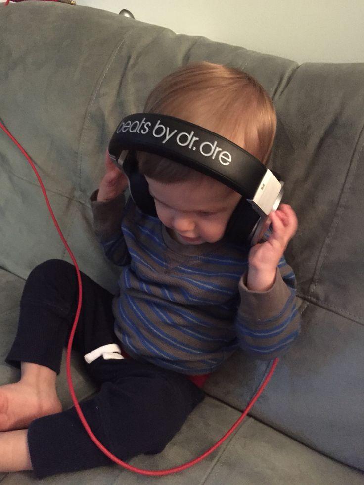 Nicnick rocking the beats!