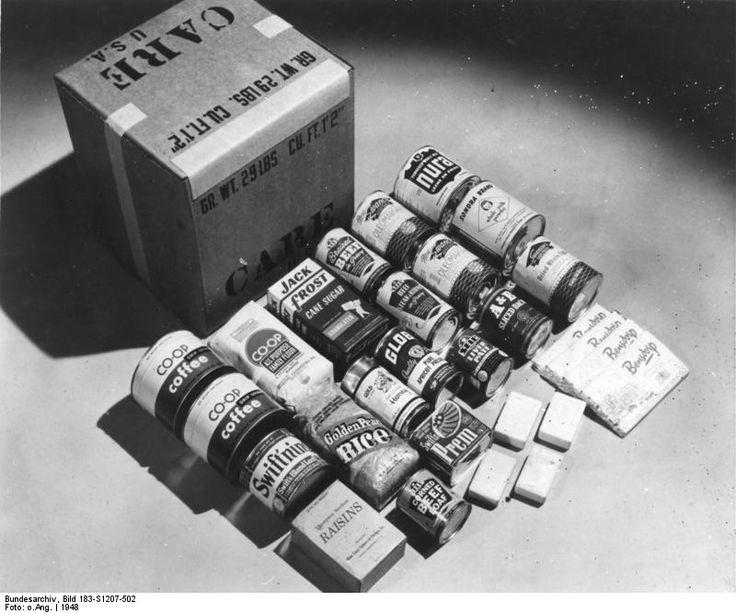 Bundesarchiv Bild 183-S1207-502, Inhalt eines CARE-Paket - CARE-Paket – Wikipedia