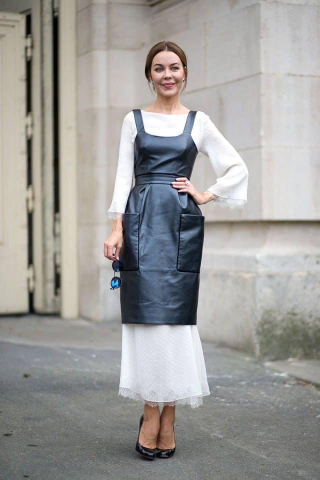 250 street style outfits you'll want to copy this fall from Paris Fashion Week.