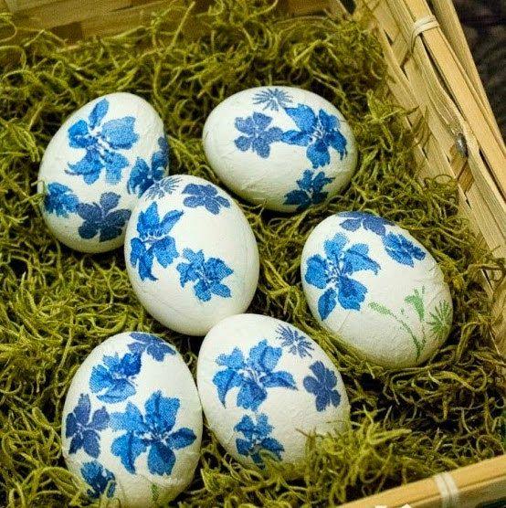 DΕCOUPAGE σε Πασχαλινά αυγά χωρίς κόλλα, με ασπράδι.