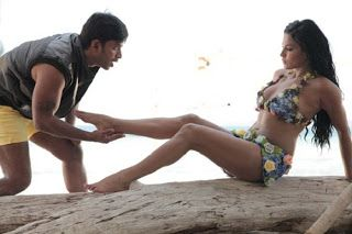 Veena Malik Wild Stills From Dirty Picture South Indian Movie