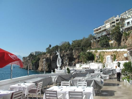 4 Popular Places to Eat in Antalya City Centre - Club Arma