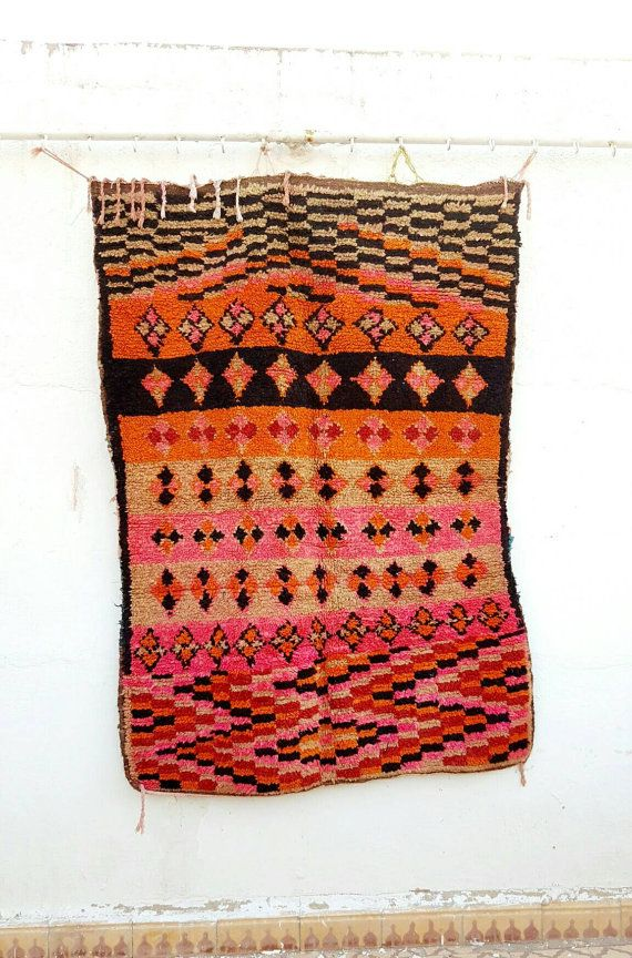 Old carpet boujaad