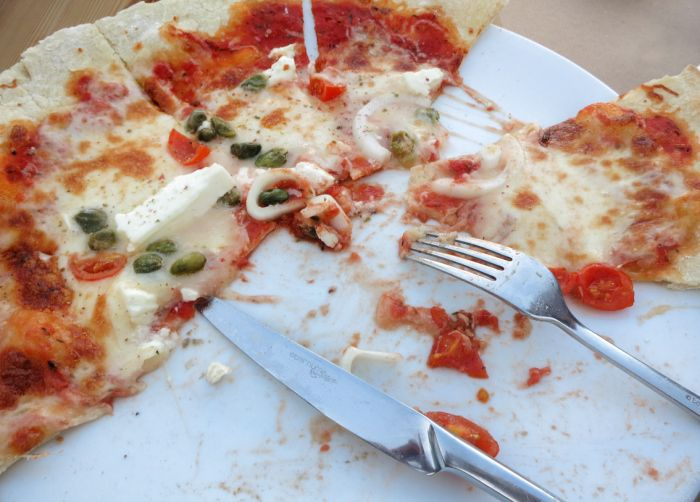 Santorini rules, pizza time, food, blog