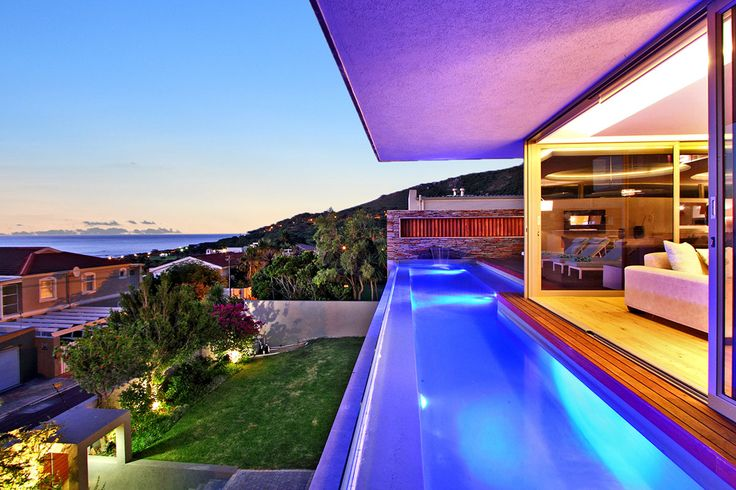 Located in the best area of Camps Bay, offering 280 degree views of the sea and mountains, this property is located in a beautiful and peaceful area, providing a stylish and sophisticated ambience.