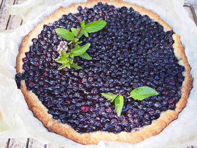The Best And Easiest Blueberry Pie Ever By Sikke Sumari  Mustikkapiirakka on kesäisen kahvipöydän kruunu.