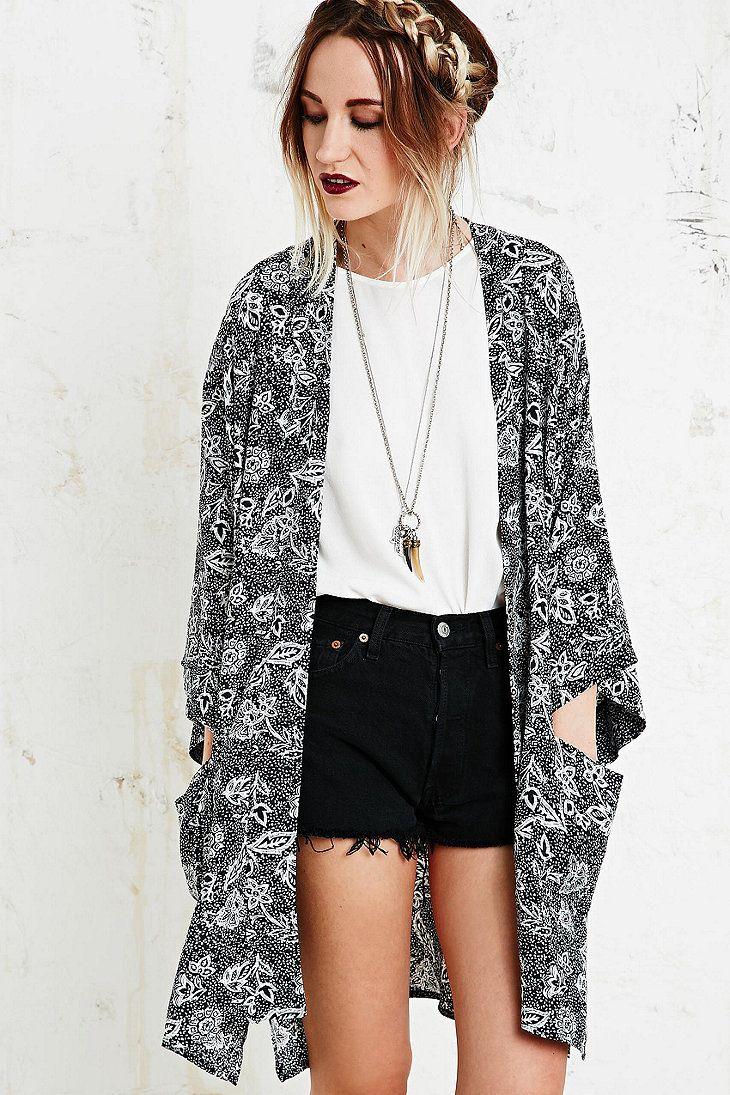 Staring at Stars - black kimono jacket UO