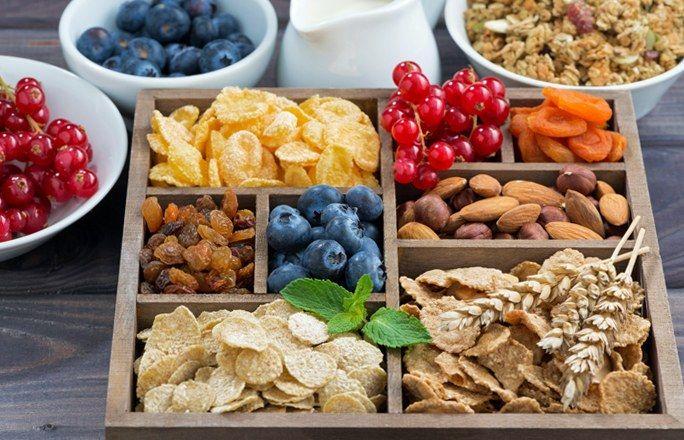 Ballaststoffreiche Lebensmittel: Gesund & lecker - Klar, Gemüse und Obst sind gesund, das weiß jedes Kind, nicht nur wegen der vielen Vitamine, sondern auch wegen der gesunden Ballaststoffe. Ballast verheißt eigentlich nichts Gutes...
