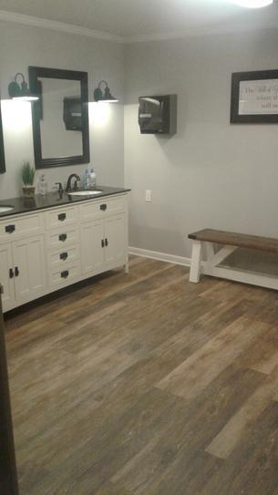 Farmhouse Bathroom Vinyl Plank Flooring Lifeproof Vinyl