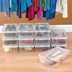 caixa organizadora com sapatos transparente