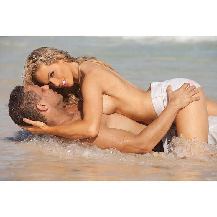 One of my favorite shots yet 😊 with my man ❤️ thank you so much @gregwoodson for doing this shoot for us in the beautiful Dominican Republic , Punta Cana 💞💞 #dominicanrepublic #Puntacana #photography #photoshoots #uri #mylove #beaches #wethair #sandy