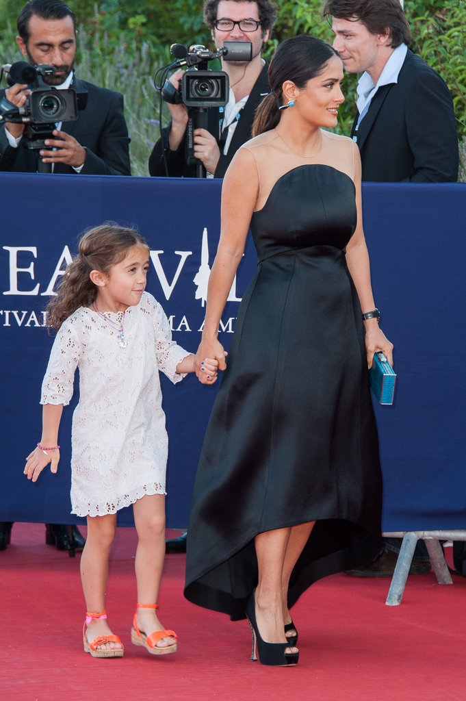 Salma Hayek and her daughter Valentina rocking the red carpet. Sweet!