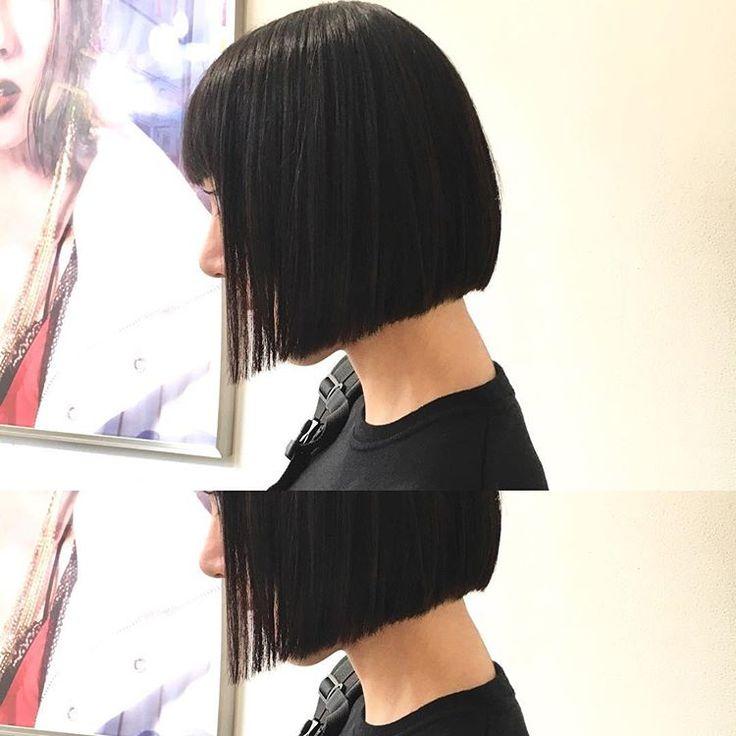 あご上mラインのリトルブラックボブ✂️ これだけでオシャレ サラッと簡単スタイリング✨✨ カット✂︎7200 #hair #bob #shima #shimaplus1 #シマ #クルーエル#ぱっつんボブ #fudge #ストレートヘア #tokyo #前下がりボブ #黒髪ボブ #blackhair #fashion #ファッション #大人ミューズ #リトルブラックボブ #id #マチルダボブ #ボブヘア #ショートボブ #ミニボブ