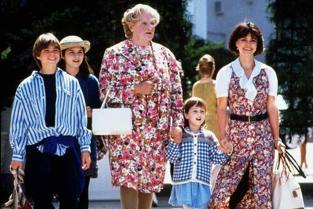 SEE THE CAST OF 'MRS. DOUBTFIRE' THEN AND NOW