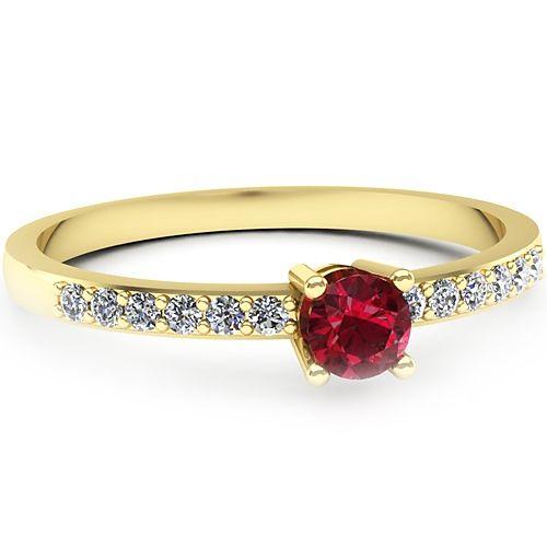 Inel de logodna realizat din aur galben, cu rubin si diamante. Profita de pretul redus!