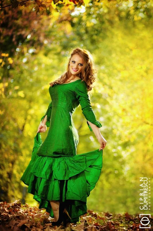 Green flamenco  Photo by Ciprian Dumitrescu  www.cipriandumitrescu.com