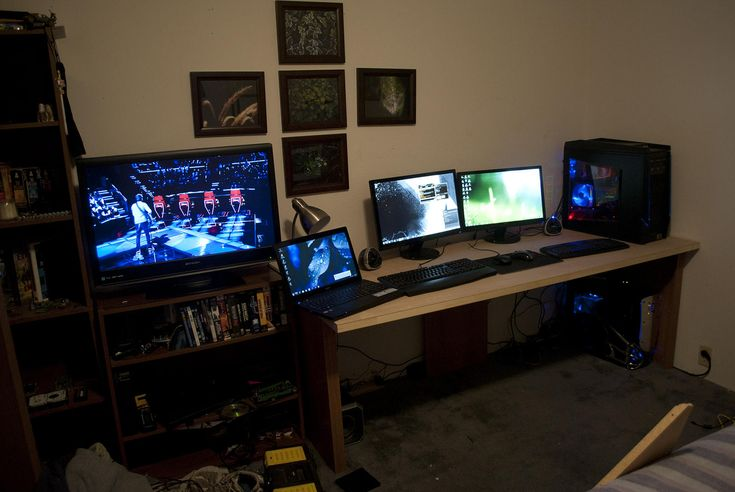 354 best images about multiple monitor pc desk on for Computer room ideas