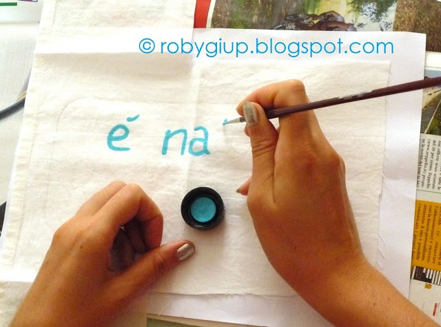 """Tutorial fiocco nascita parte 3: il pannello dipinto a mano - """"Welcome Baby"""" wreath tutorial part 3: the hand-painted panel"""