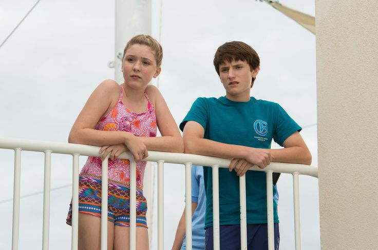 Still of Nathan Gamble and Cozi Zuehlsdorff in Dolphin Tale 2 (2014) http://www.movpins.com/dHQyOTc4NDYy/dolphin-tale-2-(2014)/still-3309158656